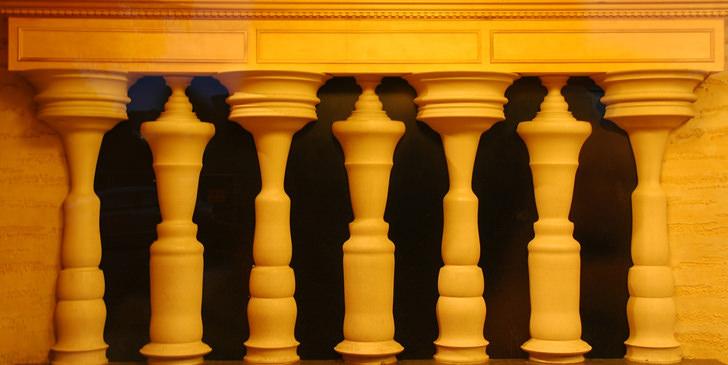 siluetes column architecture illusion