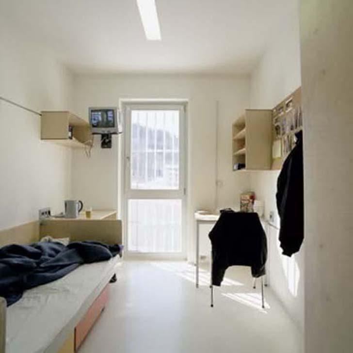 Justizzentrum Leoben minimum prison architecture VIP jail design